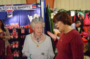 mom and queen elizabeth